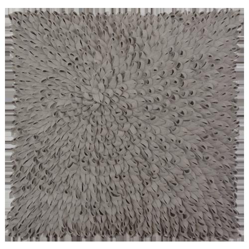 Loops licht oud grijs large kussen hinck amsterdam woonaccessoires met bijzondere texturen met oog voor detail van een hoge kwaliteit