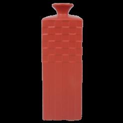 Hoge vaas poppy red aardewerk vaas rood hinck amsterdam woonaccessoires met bijzondere texturen met oog voor detail van een hoge kwaliteit