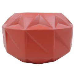 Vouwvaas poppy red aardewerk vaas rood hinck amsterdam woonaccessoires met bijzondere texturen met oog voor detail van een hoge kwaliteit
