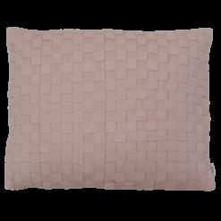 Linnen geweven roze kussen hinck amsterdam woonaccessoires met bijzondere texturen met oog voor detail van een hoge kwaliteit