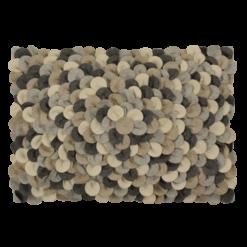 mixed chips grijs small kussen hinck amsterdam woonaccessoires met bijzondere texturen met oog voor detail van een hoge kwaliteit