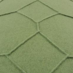 hexagon green detail kussen groen hinck amsterdam wolvilt 40x60cm woonaccessoires met bijzondere texturen met oog voor detail, handgemaakt en of handgeweven