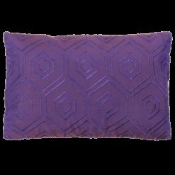 Hexagon borduur violetta kussen hinck amsterdam woonaccessoires met bijzondere texturen met oog voor detail van een hoge kwaliteit