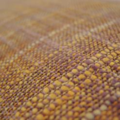 505-oker:roze-geweven kussen (45x45cm)-2