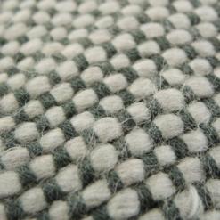 523-charcoal-kussen gebreid diamond stitch (50x35cm)-2