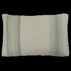 blanco groen kussen hinck amsterdam woonaccessoires met bijzondere texturen met oog voor detail van een hoge kwaliteit