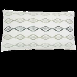 Hexagon borduur green kussen hinck amsterdam woonaccessoires met bijzondere texturen met oog voor detail van een hoge kwaliteit