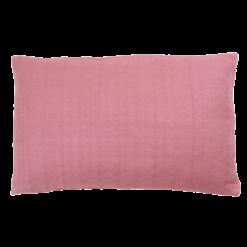 Wieber berry small kussen hinck amsterdam woonaccessoires met bijzondere texturen met oog voor detail van een hoge kwaliteit