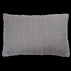 Wieber charcoal grey small kussen hinck amsterdam woonaccessoires met bijzondere texturen met oog voor detail van een hoge kwaliteit