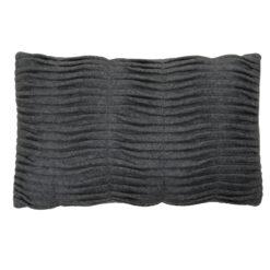 Small wave charcoal grey kussen hinck amsterdam woonaccessoires met bijzondere texturen met oog voor detail van een hoge kwaliteit
