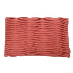 small wave flamingo pink kussen hinck amsterdam woonaccessoires met bijzondere texturen met oog voor detail van een hoge kwaliteit