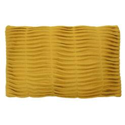 small wave ocre okergeel kussen hinck amsterdam woonaccessoires met bijzondere texturen met oog voor detail van een hoge kwaliteit