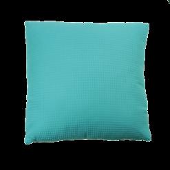 wafel light blue large kussen blauw hinck amsterdam woonaccessoires met bijzondere texturen met oog voor detail van een hoge kwaliteit
