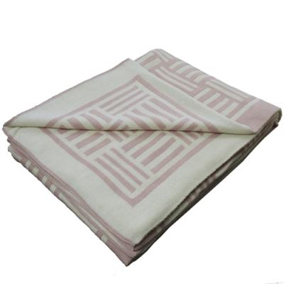 571-pale-pink-1