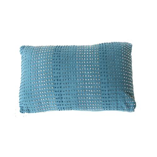knot blue kussen blauw hinck amsterdam woonaccessoires met bijzondere texturen met oog voor detail van een hoge kwaliteit
