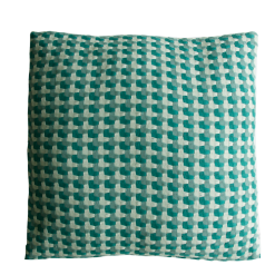 Three color weave green large groen green cadmiumgreen kussen hinck amsterdam katoen 60x60 cm woonaccessoires met bijzondere texturen met oog voor detail, handgemaakt en of handgeweven