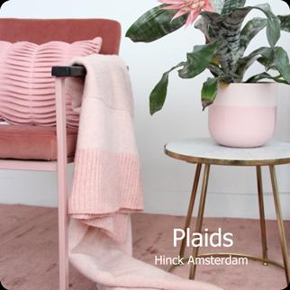 plaids knop shop hinck amsterdam woonaccessoires met bijzondere texturen met oog voor detail van een hoge kwaliteit
