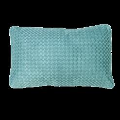 Richstitch seablue kussen zeeblauw blauw lichtblauw aqua blue hinck amsterdam linnen hand geborduurd 35x55cm woonaccessoires met bijzondere texturen met oog voor detail, handgemaakt en of handgeweven