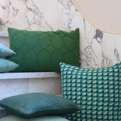 Interieur inspiratie groen donker nieuwste trend kussens vernieuwend hinck amsterdam woonaccessoires