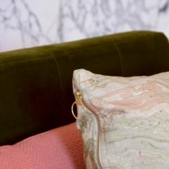 Interieur inspiratie softpink green pink marmer marble groen roze nieuwste trend kussens vernieuwend hinck amsterdam woonaccessoires