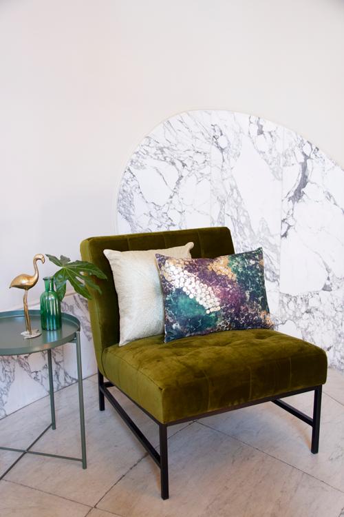 Interieur inspiratie groen donkergroen goud paars electies nieuwste trend kussens vernieuwend hinck amsterdam woonaccessoires
